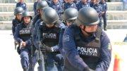 Miles de policías arriesgan sus vidas diariamente en el cumplimiento de su deber   Foto: Especial.