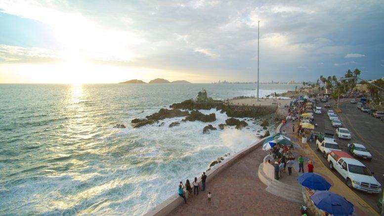 Playa Olas Altas, Manzanillo   Foto: Playas de México.