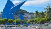 El jardín Alvaro Obregón alberga la escultura del Pez Vela | Foto: El Noticiero de Manzanillo
