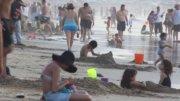 Turistas en las playas de Manzanillo | Foto: Especial