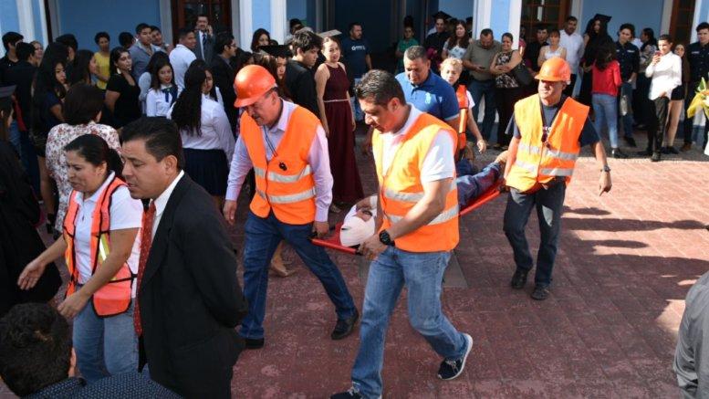 Se invita a la población a participar en el simulacro conmemorativo al sismo de 2003   Foto: H. Ayuntamiento de Colima
