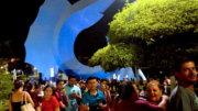 Turismo local disfrutando del Pez Vela en el Centro de Manzanillo | Foto: El Noticiero de Manzanillo