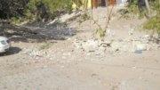 Escombro depositado en el arroyo de Miramar | Foto: El Noticiero de Manzanillo