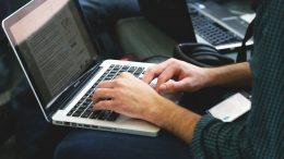Imagen ilustrativa del uso de un teclado | Foto: especial