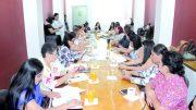 Diversas organizaciones sociales, instancias estatales y municipales, participaron en la Reunión de Trabajo convocada por el Congreso del Estado de Colima, para analizar iniciativas sobre violencia hacia las mujeres | Foto: Especial