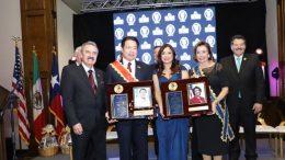 Mario Delgado y Nancy Pelosi, recibieron reconocimiento por su contribución al fortalecimiento de los lazos de amistad y cooperación entre México y Estados Unidos   Foto: especial