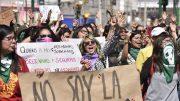 Imagen ilustrativa de mujeres en manifestación | Foto: especial
