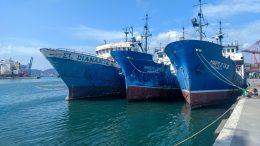 A finales del mes, se hundirá el primero de estos tres buques pesqueros, denominados El Diamante, Marflota II y Marflota III, que fueron donados a la API por la empresa Martuna S.A. de C.V.; para ser convertido en arrecife artificial | Foto: Especial
