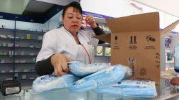 Venta de cubrebocas en farmacias | Foto: Especial