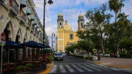 Secretaría de Salud Colima ofrece a todos los municipios atención psicoemocional especializada vía telefónica. | Foto: Especial