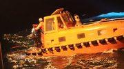 Tras una hora de búsqueda, fueron rescatados con vida 5 tripulantes que habían quedado en el agua   Foto: Especial