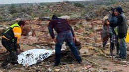 Autoridades de Protección Civil en Ramos Arizpe, Coahuila, informan que los restos fueron rescatados en la madrugada; encuentran con vida a niña que pudo sostenerse de un tronco. |Foto: Especial.