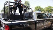 """Recibió varios impactos de bala mientras estaba en la calle Madero que le propinó un motociclista, que abandonó su vehículo en la glorieta """"Del Dif""""."""