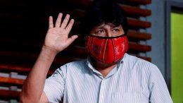 Un tribunal boliviano anula la orden de detención contra el expresidente Evo Morales por supuestos delitos de terrorismo.