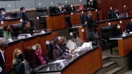 Las Comisiones Unidas de Justicia, Salud y de Estudios Legislativos Segunda alcanzaron un consenso para avalar el dictamen y la mayoría votó a favor, salvo legisladores del PAN, quienes se fijaron en contra.