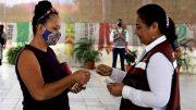 La alcaldesa Griselda Martínez, señaló que impulsar la educación garantiza un mejor futuro para la niñez y juventud manzanillenses, además de generar bienestar para las familias y fortalecer el tejido social. Por lo que se busca, que ningún niño deje sus estudios por falta de oportunidades.