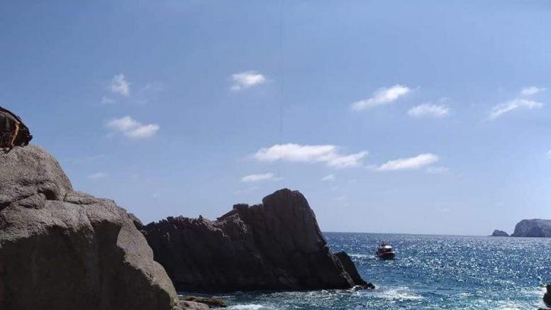 Realizaba actividades para sacar moluscos cuando sufrió el accidente, su cuerpo fue rescatado por elementos de la Armada de México.