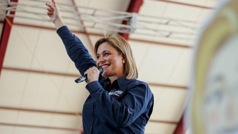 El abogado defensor de la candidata panista, Francisco Molina, solicitó un plazo de 3 meses para reiniciar el proceso, justo cuando hayan pasado las elecciones locales en Chihuahua y se tenga un nuevo gobernador o gobernadora.