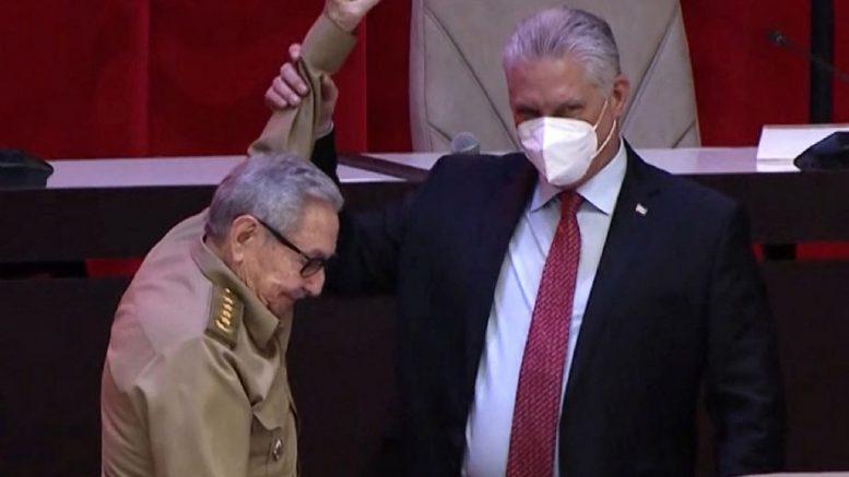 El presidente cubano fue electo ayer primer secretario del Partido Comunista de Cuba, tras la renuncia de Raúl Castro.