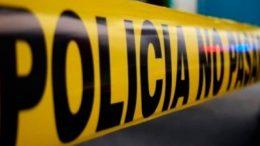 Poco antes de las ocho de la noche, vecinos del lugar escucharon detonaciones de arma de fuego y llamaron al 911 para denunciar, Policías Municipales atendieron al llamado y encontraron al masculino aún herido.