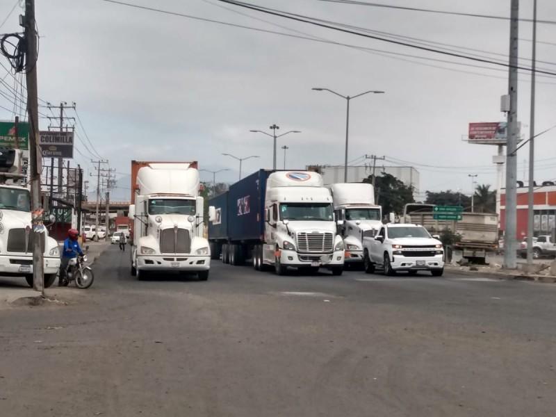 Al puerto solo ingresan camiones seguros